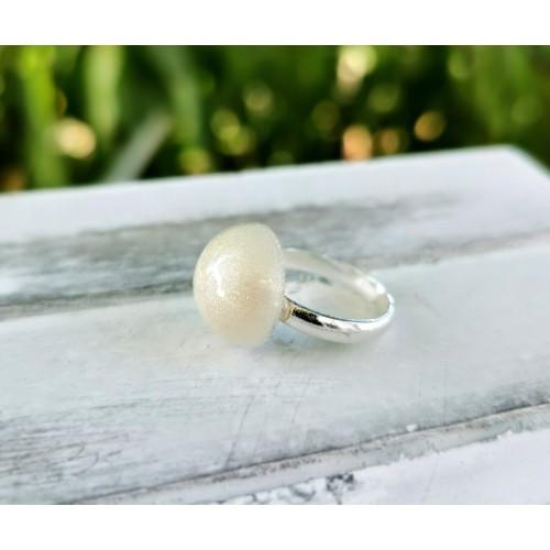 Сребърен пръстен с майчина кърма