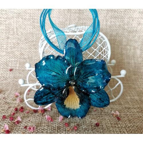 Синя триизмерна орхидея