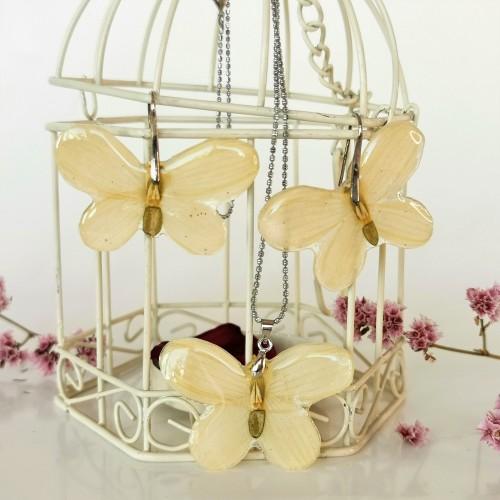 Бели пеперудки - комплект от кокичета